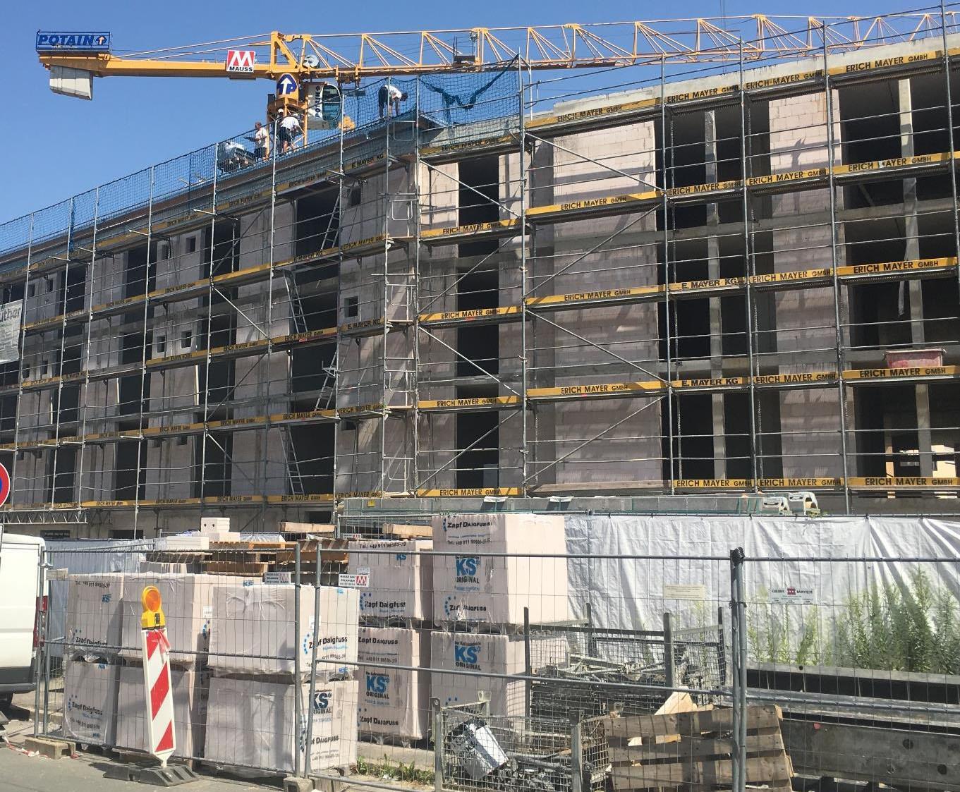 Baustellenbild Pflegezentrum Spektrum Stein nah