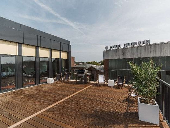 Terrasse Cube Offices 574